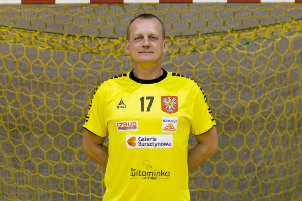 Norbert Kolanowski zawodnik, członek zarządu UMKS Trójka Ostrołęka w poniższym tekście o poprzednim sezonie, obecnej sytuacji i planach na przyszłość.
