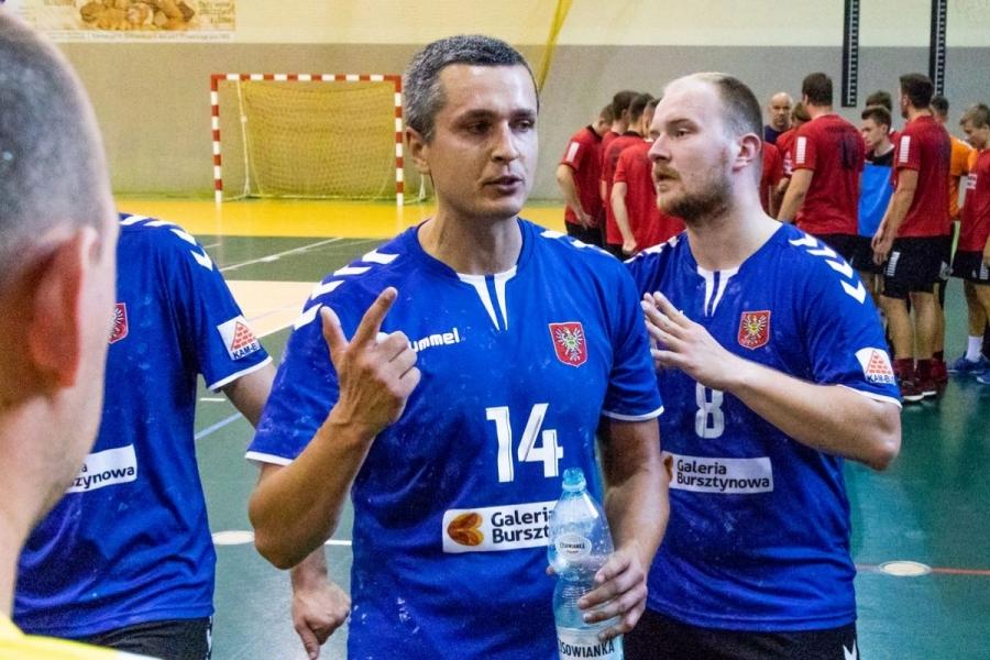 Trójka news - Wywiad z grającym trenerem Rafałem Niećko.